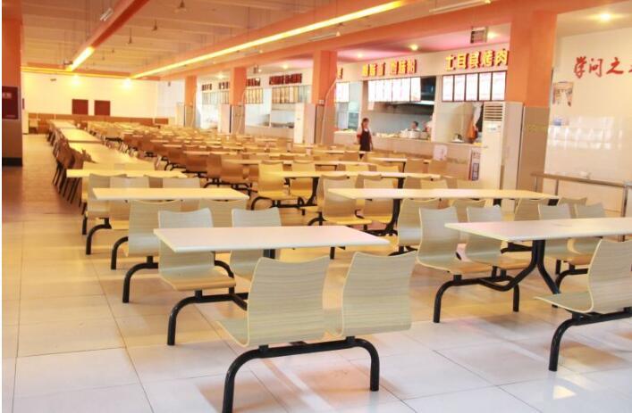 学校食堂承包方案投标书范本