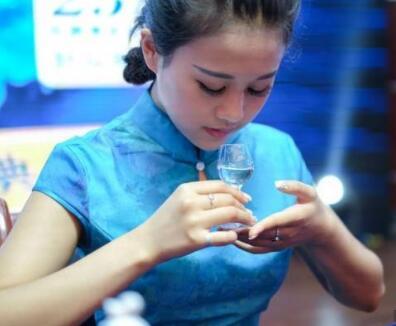 gb/t26760 优级 白酒执行标准是什么意思?是粮食酒吗?