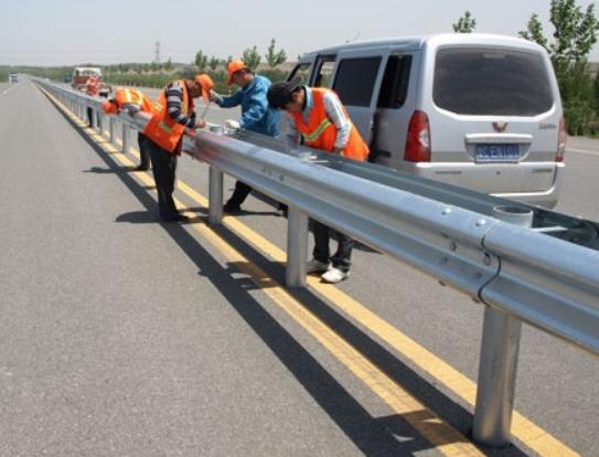 道路波形梁钢板护栏工程投标书范本